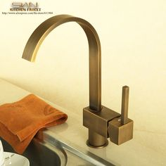 79.50$  Buy here - http://ai89z.worlditems.win/all/product.php?id=1217329755 - Kitchen Faucet Antique Brass Vessel Sink faucet Mixer Tap Cold Hot Water taps Swivel Spout Single Handle 2110701