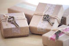 крафт-упаковка с ключиком