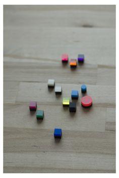 earrings / HAPPY PILLS