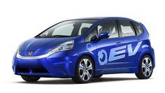 O Fit elétrico da Honda é totalmente movido à energia elétrica gerada a partir de baterias de lítio, atingindo até 90km/h.