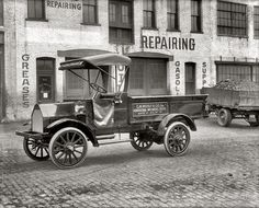 """Washington, D.C., circa 1915. """"Witt-Will motor truck plant, 52 N Street N.E."""" The Witt-Will was a conventional assembled truck using Continental engines, Brown-Lipe transmissions and Timken worm or bevel axles. It was made in sizes from 1 Yo to 5Yo tons, with 6-cylinder engines from the mid-1920s. The plant was little more than a large garage in the shadow of the White House.  Production tapered off in the 1930s.  National Photo Company Collection glass negative."""