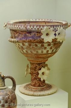 Minoan pottery at the Archeological Museum