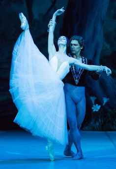 Ivan Vasiliev and Natalia Osipova in Giselle.  Photo by Stas Levshin.