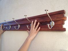 DIY Coat Rack (Perchero de Pared)