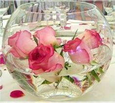 Vreti sa va aranjati locuinta intr-un mod cat mai placut? Cititi acest articol despre idei de decoratiuni cu flori cu care sa va impodobiti casa.