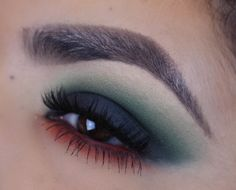 Makeup Geek Eyeshadows in Boo Berry, Dirty Martini, Dragonfly, Enchanted Forest, Mirage, Shore Thing, and Time Travel. Look by: Anaiz Avalos