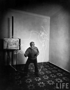 A legendary picture from Gjon Milli of the  legendary painter Picasso