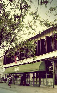 Batavia Cafe Kota Tua, Jakarta, Indonesia Dutch Colonial, Jakarta, Places To Visit, Wedding Photography, Mansions, Architecture, House Styles, Home Decor, Arquitetura