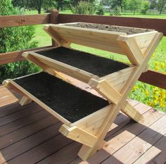 Features: -Planting area vertical tiered design maximizes square footage within limited space while providing you with a variety of planting options. -Manufacturer provides 5 year Warranty. -Ergono #RaisedGarden