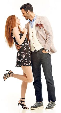 kiralik ask wallpaper for mobile Famous In Love, The Best Series Ever, Elcin Sangu, Romantic Photography, Bebe Rexha, Movie Couples, Handsome Actors, Perfect Couple, Cute Asian Girls