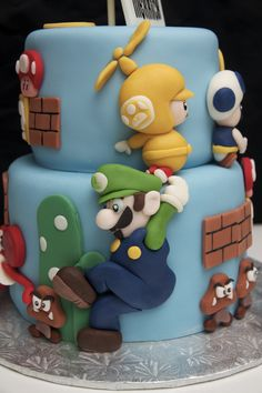 Super Mario Bros Cake - really prob more Jacobs b day but I am putting them here Super Mario Bros, Bolo Super Mario, Super Mario Party, Mario Bros Kuchen, Mario Bros Cake, Fancy Cakes, Cute Cakes, Awesome Cakes, Character Cakes
