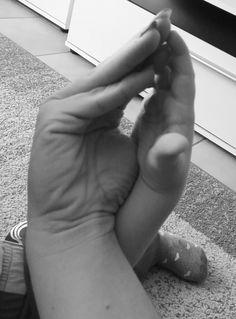 Schleife zeigen Bild 0053 #schleifezeigen #kinderschutz #challenge #1207schleifen #fingerweg #fingerweginfo