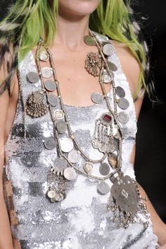 See every last detail from shoes and jewels, to bags and belts, from the Ashish Spring 2014 Ready-to-Wear show.