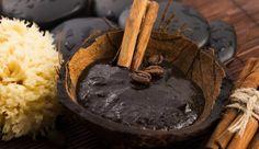 Le savon noir est extrêmement tendance. On en parle de plus en plus. Voici 5 raisons pour lesquelles vous devriez vous en procurer.