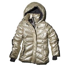 Lole's down-filled, quilted Angie nylon ski jacket is both toasty and totally chic. #giftguide #holiday | Health.com