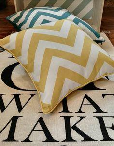 Poduszki zig zag dostępne w różnych rozmiarach i kształtach w naszym sklepie internetowy/ Pillows zig zag available in different sizes and shapes in our online shop.