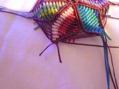 ΠΟΛΥΧΡΩΜΟ ΜΕΝΤΑΓΙΟΝ – kentise Macrame Art, Friendship Bracelets, Crochet Bikini, Projects To Try, Jewelry, Change, Macrame Earrings, Bags, Threading