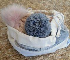 vrecko na čiapky Fur Slides, Slippers, Sandals, Blog, Slide Sandals, Sneakers, Shoes Sandals, Slipper, Sandal