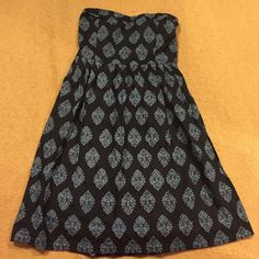 Sweetheart damask print sundress Lined, side zip, cute lightweight scrunchy backed, lightly boned bodice Old Navy Dresses Strapless