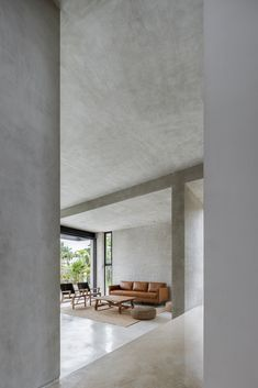 Image 13 of 24 from gallery of Romantic House / TAFF Arquitectos. Photograph by César Béjar Cement House, Concrete Houses, Industrial Home Design, Industrial House, Architecture Design, Concrete Interiors, Interior Design Presentation, Style At Home, House Styles