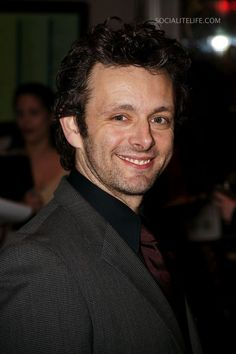Michael Sheen < he's one of those actors that you don't think to much of despite being in a lot of movies and tv shows. But then when you watch him, your like, Oh yeah he's pretty damn good :)