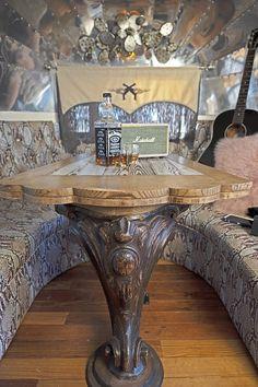 miranda lambert airstream – the full scoop Airstream Bambi, Airstream Living, Vintage Airstream, Airstream Trailers, Travel Trailers, Boho Glam Home, Hippie Home Decor, Gothic Home Decor, Boho Decor