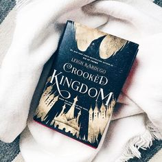 #bookpost // •NEW POST• up on my blog! a full length review on Crooked Kingdom by Leigh Bardugo!! check it out with the link in my bio!