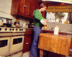 snack I Have A Crush, Having A Crush, First Crush, David Cassidy, Childhood Memories, Liquor Cabinet, Devil, Singers, Photos