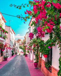 Colorful street in Estepona Spain . Beautiful Streets, Beautiful Places To Visit, Places To Travel, Places To Go, Marbella Spain, Beau Site, Famous Places, Greek Islands, Scenery