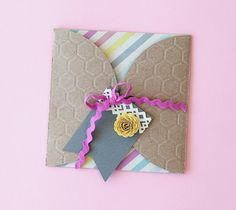 Honeycomb envelope gift. Make It Now in Cricut Design Space with the Cricut Explore machine.