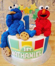 To cute to cut. Sesame street themed cake for a 1 yr old. #elmo #cookiemonster #sesamestreet #birthdaycakes #birthday #fondant #1yrold