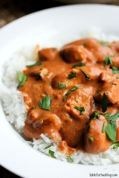 Chicken Tikki Masala, looks delicious! http://jujugoodnews.com/chicken-tikka-masala/ Ingredients: 8 boneless, skinless chicken tenderloins, or about 5 boneless, skinless chicken breasts (about 3 lbs.) 1 large onion, diced 4 cloves of garlic, minced 2 tbsp. fresh ginger, minced 1 (29 oz.) can of tomato puree 1 1/2 cups plain yogurt