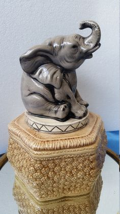 Elephant Cookie Jar Vintage Ceramic Baby Elephant Cookie Jar Circus Elephant Ceramic Dish with Lid