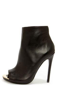 Steve Madden Dianna Black Leather Peep Toe High Heel Booties at Lulus.com!