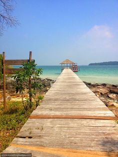 Cambodia - Sihanoukville - Beach Times and Island Paradise