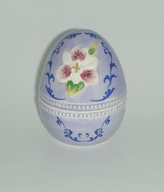 "Light Purple Floral Egg Trinket Box 3"" high and 2"" in diameter Box depth 1"" Hand painted resin  This little box is the perfect collection addition, for ring or earring storage, or with a gift inside for Mom. #mothersdaygiftideas #collectibles #alexamigos"