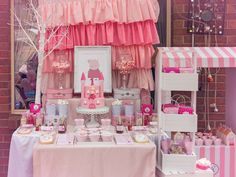 Peppa 'Princess' Pig Birthday Party Ideas   Photo 7 of 18   Catch My Party