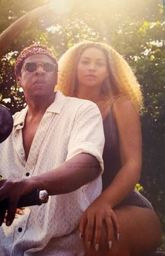 Me w my mans who everyone thinks is ugly but is dummy funny and loyal Beyonce Knowles Carter, Beyonce And Jay Z, Jayz Beyonce, Rihanna, Queen Bee Beyonce, Beyonce Beyhive, Carter Family, Beyonce Style, Black Girl Aesthetic