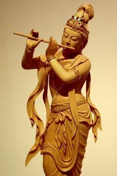 Krishna Statue, Krishna Art, Anatomy Sculpture, Sculpture Art, Shri Ram Photo, Saraswati Goddess, Ram Photos, Art Photography Portrait, Lotus Art
