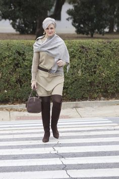 winter neutrals 50 Fashion, Fashion Over 40, Winter Fashion, Fashion Tips, Womens Fashion, Wardrobe Staples, Work Skirts, Outfits Mujer, Winter Shoes
