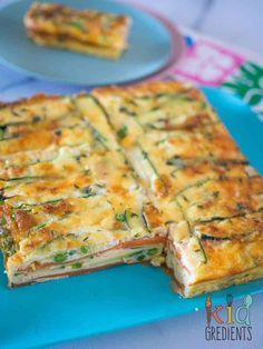 Gluten free - Meat free - Perfect for breakfast and great in the lunchbox, this sweet potato and zucchini healthy strata bake is jam packed full of veggies. Kid and freezer friendly. Great way to start the day with extra veggies! Vegetable Dishes, Vegetable Recipes, Vegetarian Recipes, Healthy Recipes, Vegetarian Dinners, Vegetable Bake, Zucchini Zoodles, Baby Food Recipes, Cooking Recipes