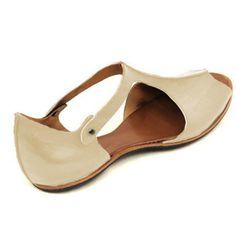 Vintage Black Flat Peep Toe Slip-on Sandals Plus Sizes - gifthershoes Comfy Shoes, Comfortable Shoes, Leather Fashion, Fashion Shoes, Block Sandals, Casual Heels, Black Flats, Slip On Shoes, Vintage Black