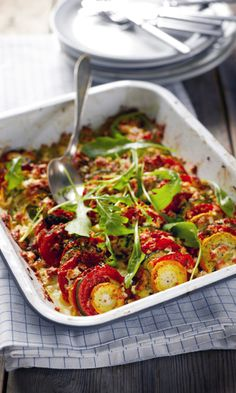 Kesäkurpitsapaistos | Meillä kotona Easy Healthy Recipes, Veggie Recipes, Healthy Snacks, Free Recipes, Easy Cooking, Cooking Recipes, Vegetarian Recepies, Vegetarian Food, Veggie Dinner
