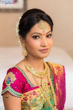 Tamil Vivah - Tamil Vivah added a new photo. Wedding Saree Blouse Designs, Pattu Saree Blouse Designs, Blouse Designs Silk, Patch Work Blouse Designs, Kids Blouse Designs, Traditional Fashion, Traditional Wedding, Stylish Blouse Design, Sari
