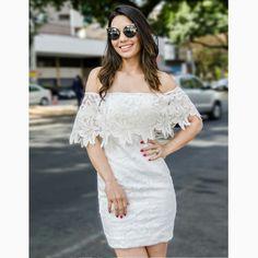 Cheio de charme, o 'total white' é o queridinho das fashionistas como a @blogviviribeiro para arrasar nos dias quentes do ano.#reginasalomao #SummerVibesRS #SS17