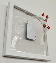 Incredible 3 dimensional art pieces by Japanese artist Yuki Matsueda. Yuki was born in Ibaraki, Japan in He graduated from the Tokyo University of… 3d Wall Art, 3d Artwork, Op Art, Art Picasso, Instalation Art, Sweet Station, Deco Design, Japanese Artists, Tricks