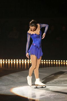 Discover recipes, home ideas, style inspiration and other ideas to try. Figure Skating Quotes, Figure Skating Outfits, Figure Skating Costumes, Ice Dance Dresses, Ice Skating Dresses, Roller Skating, Roller Derby, Beautiful Costumes, Dance Fashion