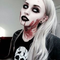 40 Best Scary Halloween Costumes Ideas for Women Trends 2018 – Halloween Make Up Ideas Halloween Zombie Makeup, Halloween Inspo, Halloween Makeup Looks, Halloween Diy, Halloween Horror, Zombie Make Up, Halloween Pumpkins, Horror Makeup, Scary Makeup