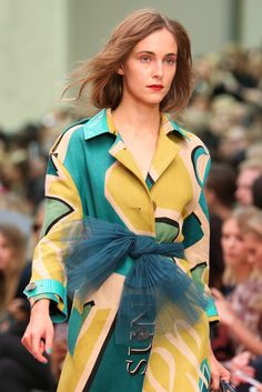 Burberry Prorsum Spring 2015 Ready-to-Wear - Details - Gallery - Style.com