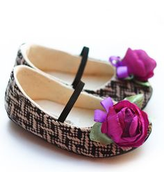 plum peony baby flats! this site has the cutest shoes!